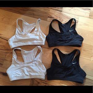 Set of 4 Nike sports bras, S